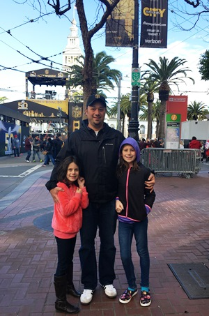 girls and Daddy at Super Bowl City