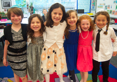 Avery and her friends before Tefilah