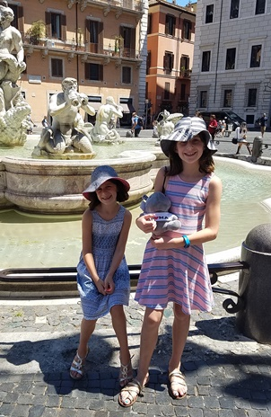 girls at fountain