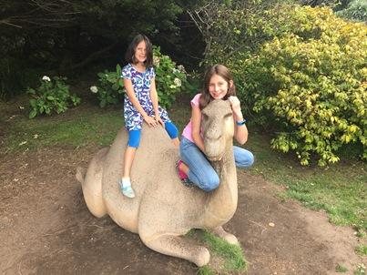 girls at zoo