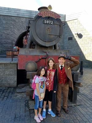 girls-by-hogwarts-express