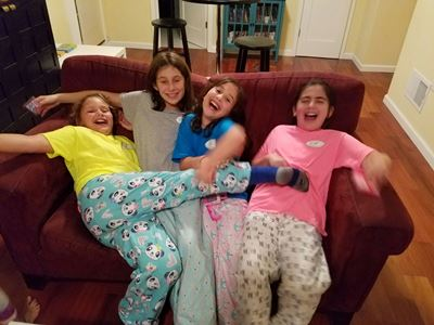 girls-laughing