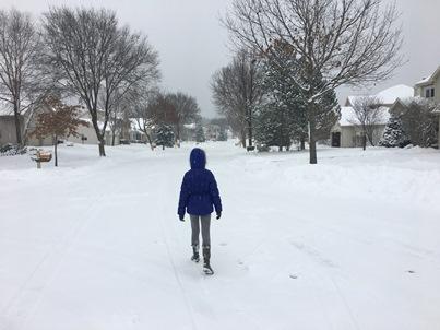 zoe-in-snow