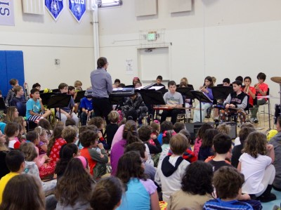 zoe-at-band-concert